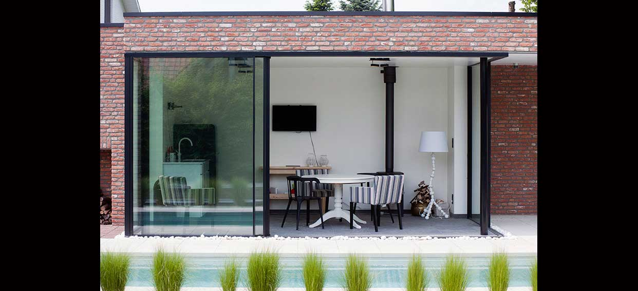 Brick Garden Room Sliding Doors Iq Glass