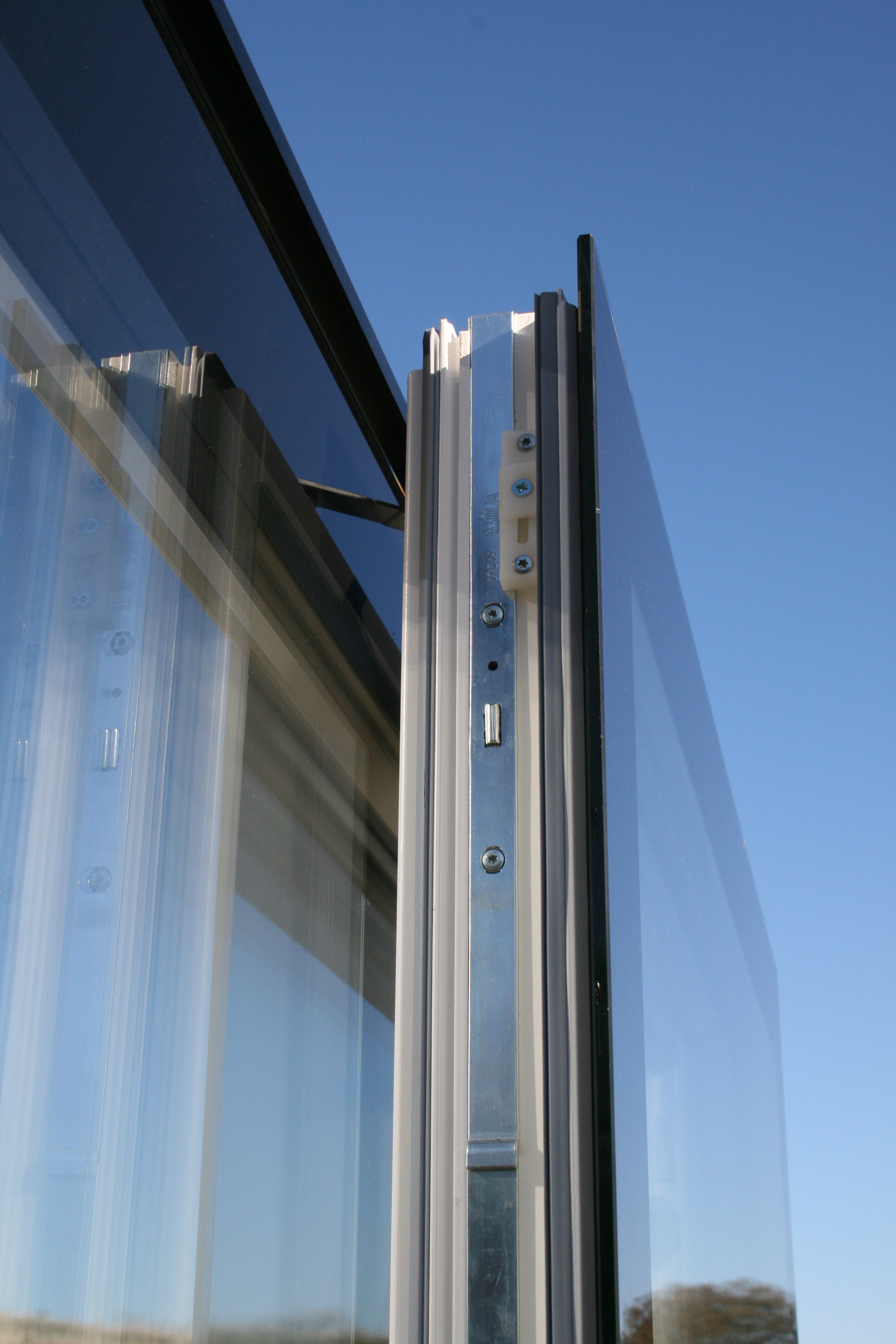 Innovare Doors Flush Glazed Iq Glass