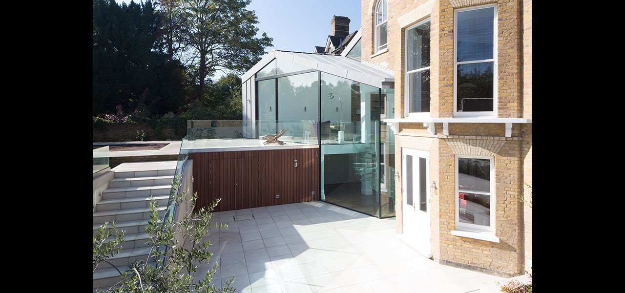 Kew Road a Glass Extension with Oversized Glass and Sliding Glass Door 1280 x 600