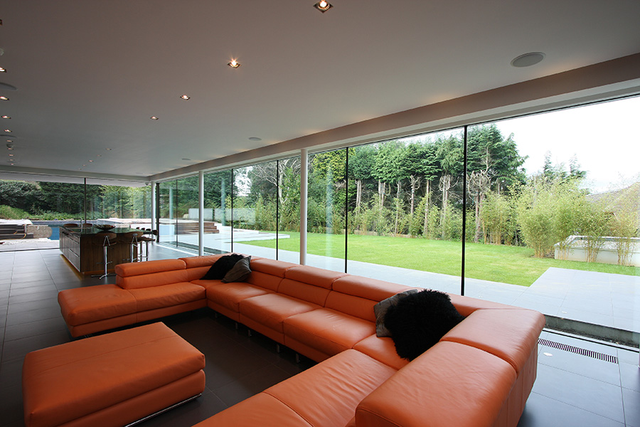 Slim framed sliding glass doors minimal windows iq glass for Big sliding glass doors