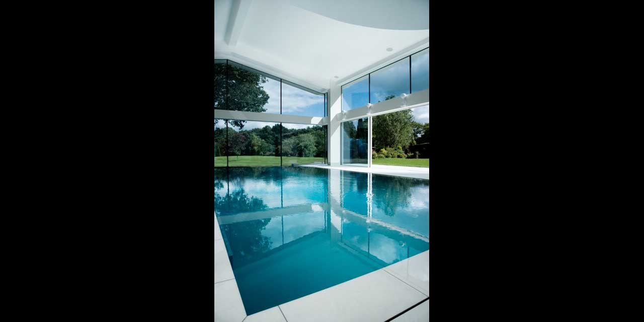 Pool House Cheshire Heated Glass Iq Glass