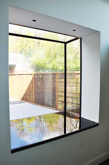 Oriel windows structural glass iq glass iq glass for Box bay window kitchen