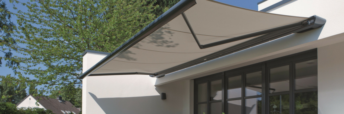 finest selection b02b3 9102d Automatic Awnings | Products | IQ Glass