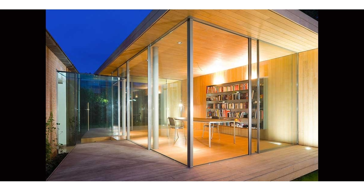 Home office garden room projects iq glass for Glass garden office