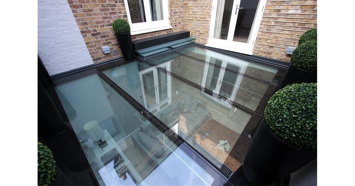 Gloucester Place Walk On Glass Floor Projects Iq Glass