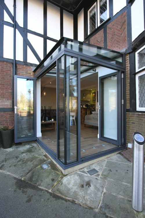 Sieger Lux Bifold Doors Door Systems Products Iq Glass