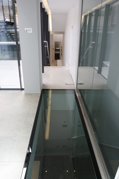 Fire Rated Glass Floors Products Iq Glass