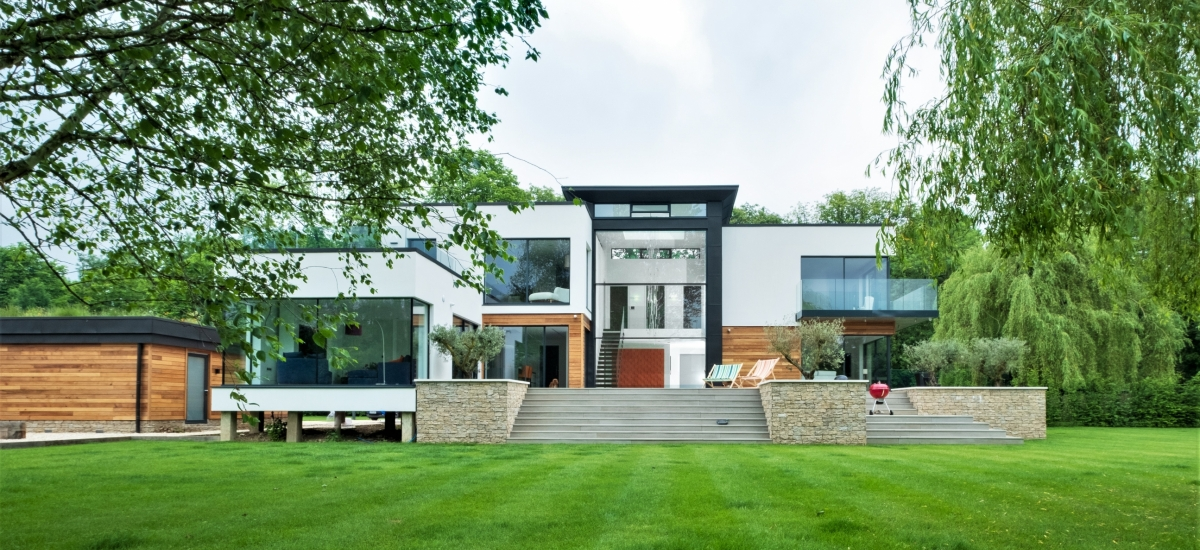 contemporary new build house in henley on thames